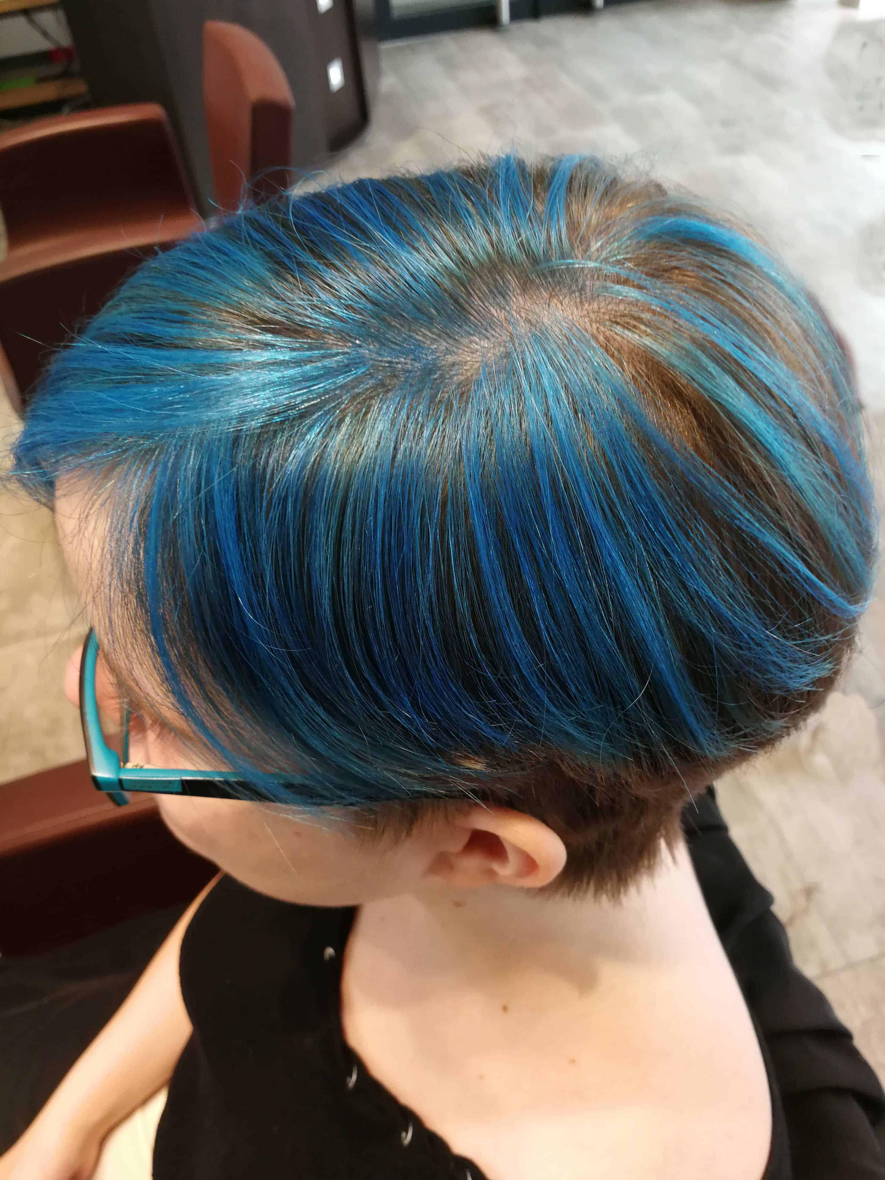mèches-bleues-finition